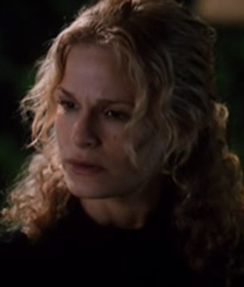 A picture of the character Elizabeth Cole - Years: 1996