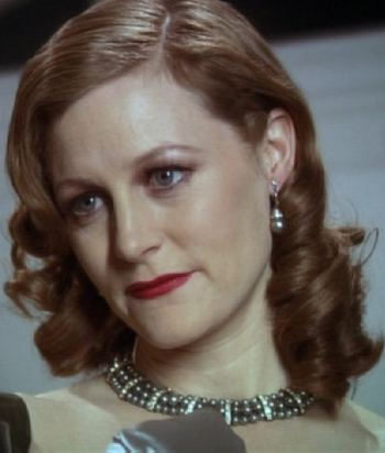 A picture of the character Daphne du Maurier