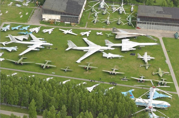 Aviation_museum_in_Monino