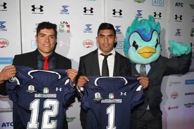 LFA---MVP-QB-Marco-Garcia-y-RB-Omar-Cojolum-Mayas