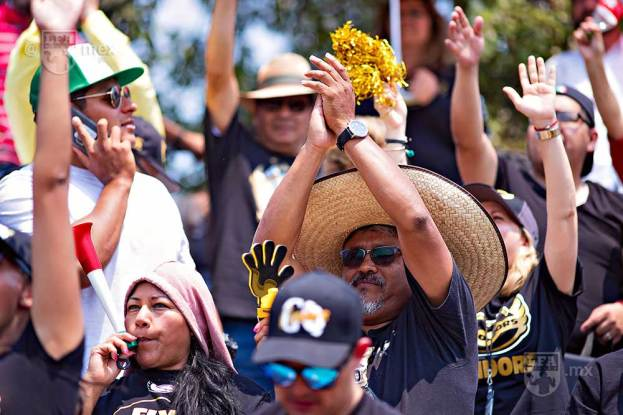 CONDORS_at_MEXICAS48