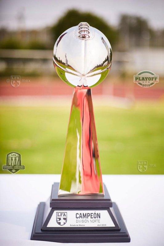 FUNDIDORES_at_RAPTORS_playoffs12