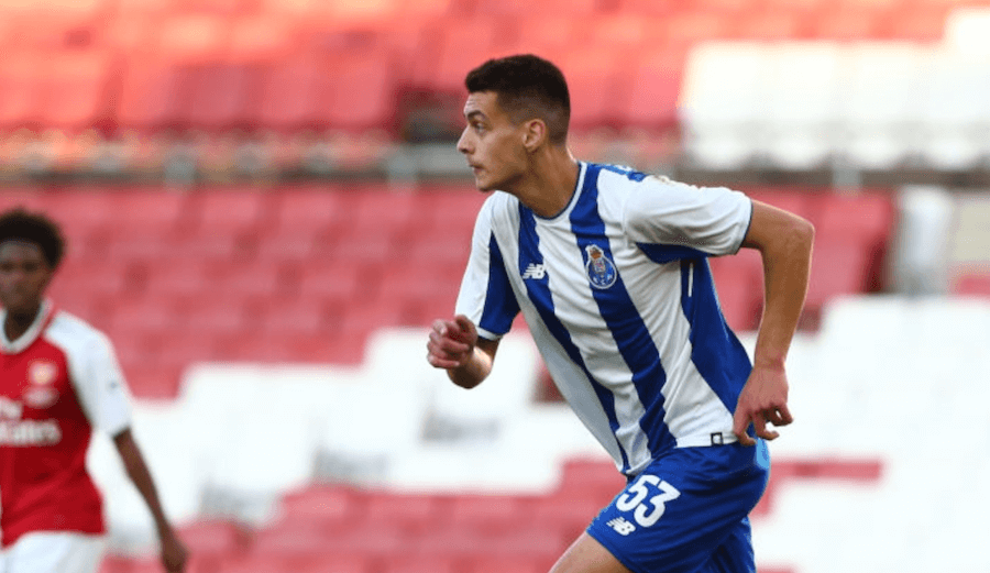 Liverpool in pole position to sign Diogo Leite from Porto