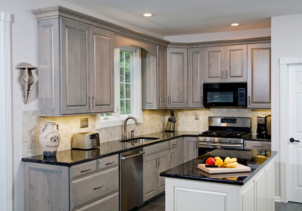 glazed kitchen cabinets outdoor houston cabinet refacing services by let's face it |