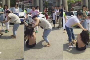 Mulher espanca jovem que seria amante de seu marido no meio da rua; vídeo