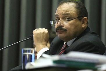 Maranhão desiste de adiamento e marca votações para amanhã na Câmara