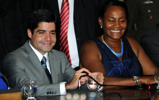 ACM Neto se reúne com Célia Sacramento para discutir vaga de vice