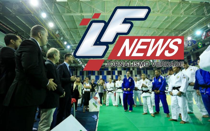 Judocas recebem kimono oficial para os Jogos Olímpicos em Lauro de Freitas