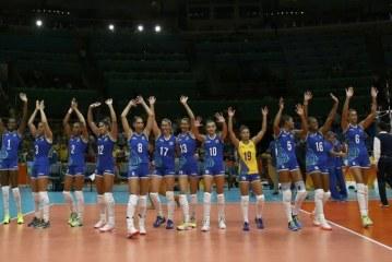 Meninas do vôlei brasileiro passam com tranquilidade por Camarões por 3 a 0