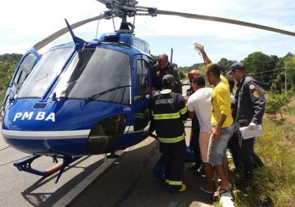 Quatro pessoas ficam feridas em acidente na Estrada do Coco