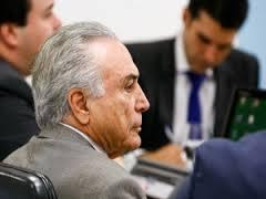 Manobra pró-Temer desagrada ao PSDB