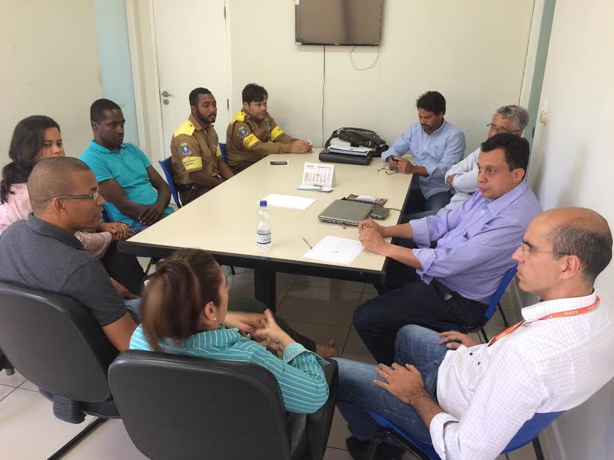 Prefeitura discute soluções para o trânsito da BA-099 com administradores do Assaí Atacadista