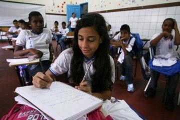 Reforma do ensino médio traz turno integral e menos disciplinas