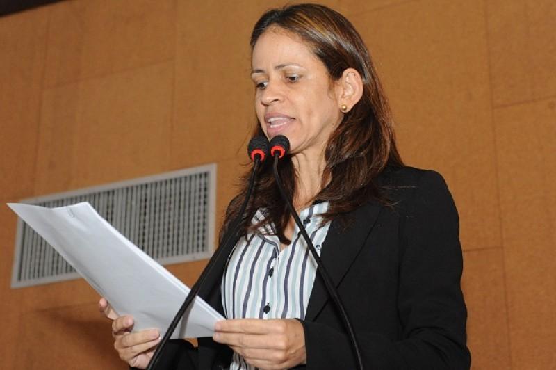 Ex-deputada de Barreiras não consegue se eleger vereadora e ganha cargo na AL-BA