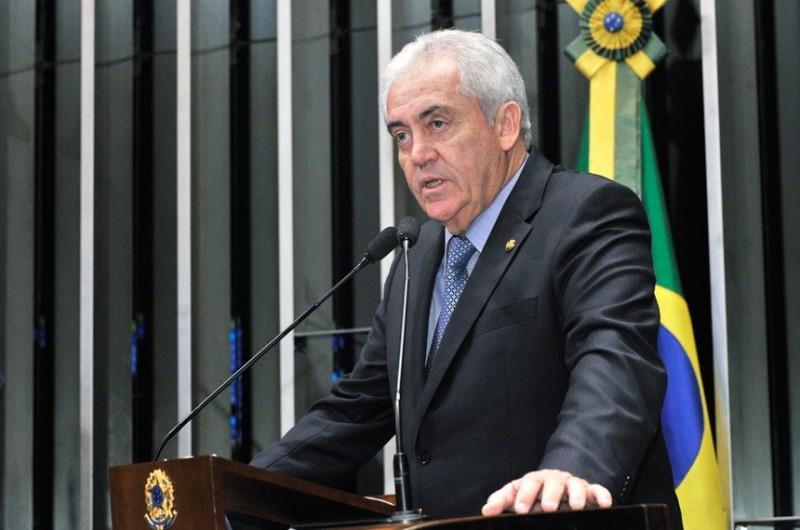 Simões Filho: Otto Alencar acusa prefeito eleito de ser financiado pelo tráfico