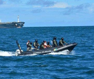 Defesa em perigo: Comandante da Marinha do Brasil alerta para as dificuldades financeiras
