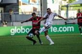 Vitória perde dentro de casa para o Corinthians pelo Brasileirão