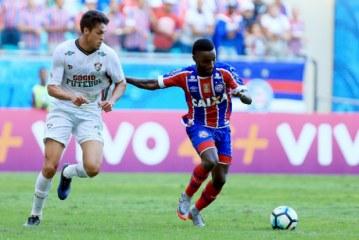 João Paulo marca no fim e Bahia só empata com o Fluminense
