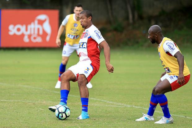 Com Rodrigão, Bahia divulga lista de relacionados para encarar o Fluminense