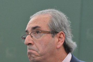 Papéis da JBS revelam repasses para Cunha 'comprar' deputados