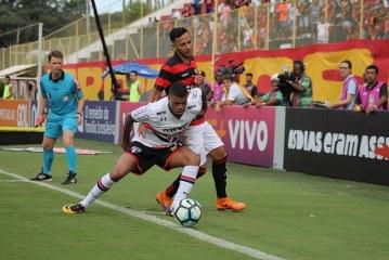 Que vexame! Vitória perde para o São Paulo no Barradão