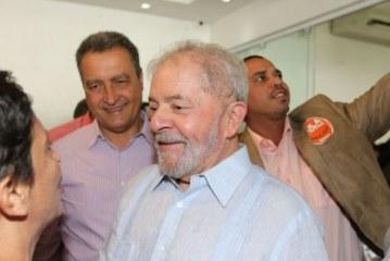 Lula venceria se eleição fosse hoje, diz DataPoder360
