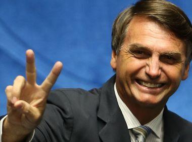 Campanha de Bolsonaro pelo país faz Câmara gastar mais com passagens