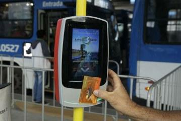Ônibus e metrô ficam mais caros a partir desta terça