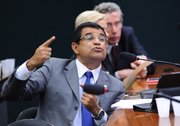 PCdoB reage a fala de Rui e não descarta chapa alternativa ao Senado