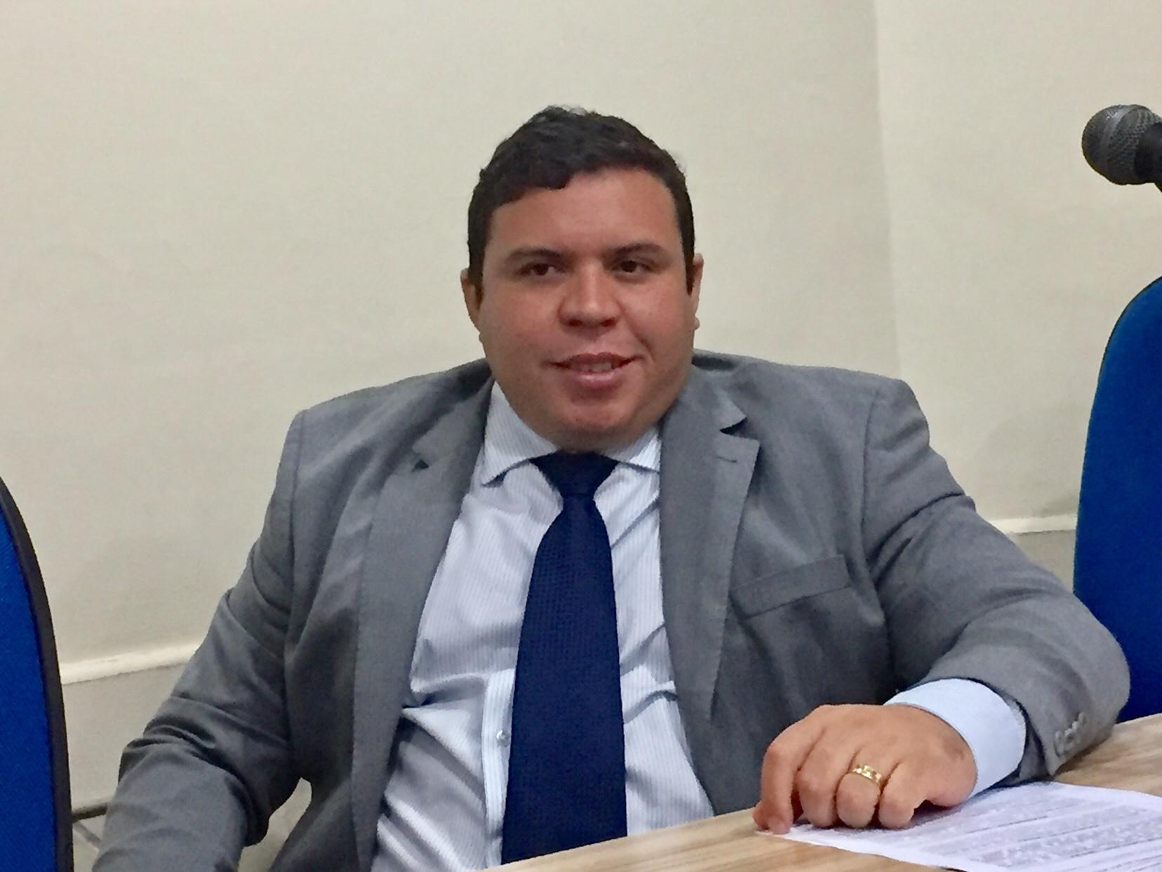 Vereador Isaac de Belchior faz balanço do seu primeiro ano de mandato em Lauro de Freitas