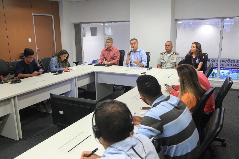 Rui determina medidas para garantir funcionamento de serviços essenciais na Bahia; chegada de combustíveis foi assegurada