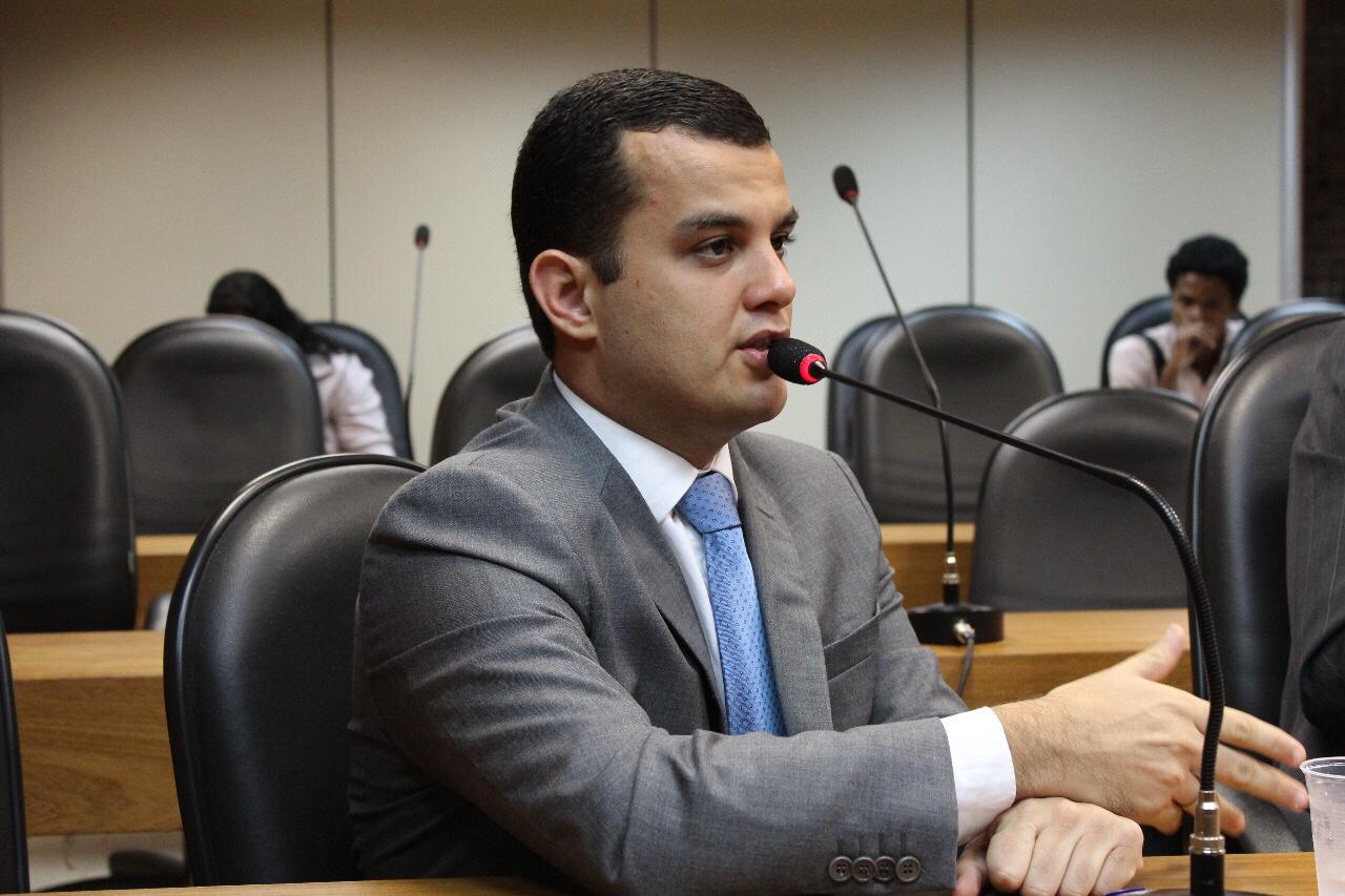 Reda: Deputado Alex Lima propõe cota para jovens de escolas públicas