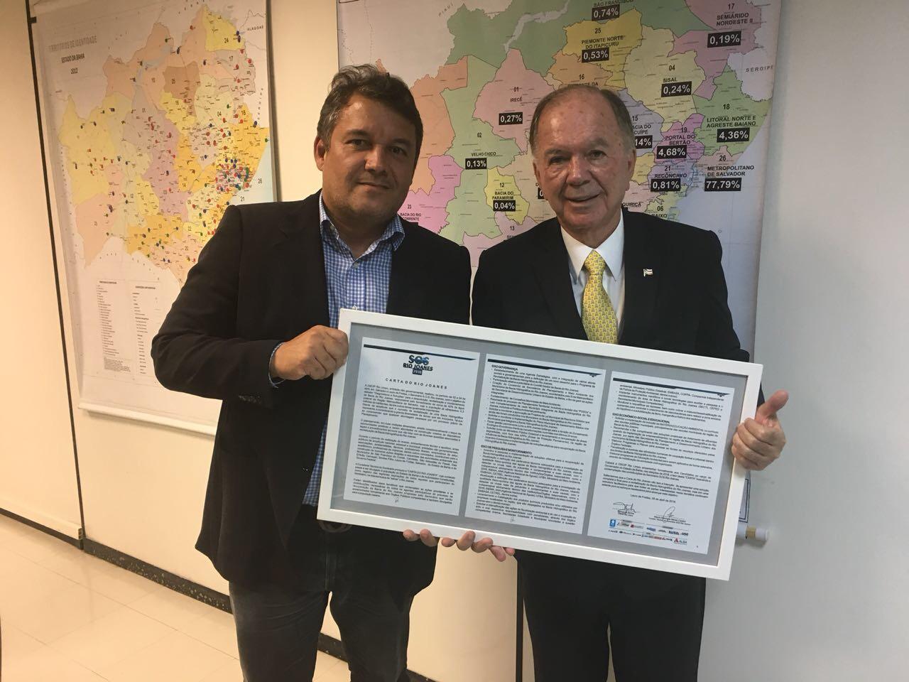 Cacá Leão reforça campanha em Lauro de Freitas e RMS