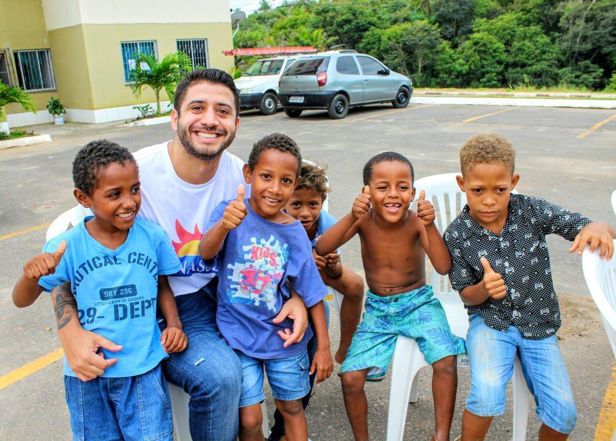 Equipe Manassés cuida com amor e dedicação do povo através de ação social