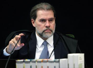 Em festa de posse como presidente do STF, Toffoli canta Legião Urbana