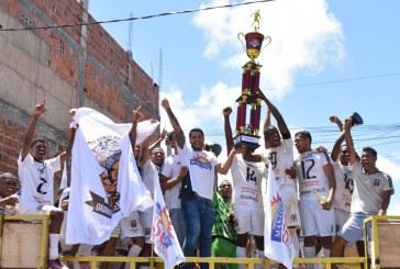 MANASSÉS comemora final do campeonato de futebol em Portão