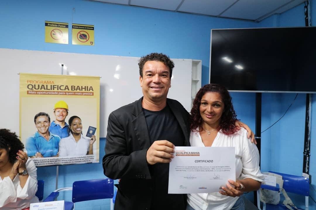 Prefeitura certifica mais 60 munícipes em cursos do QualificaBahia