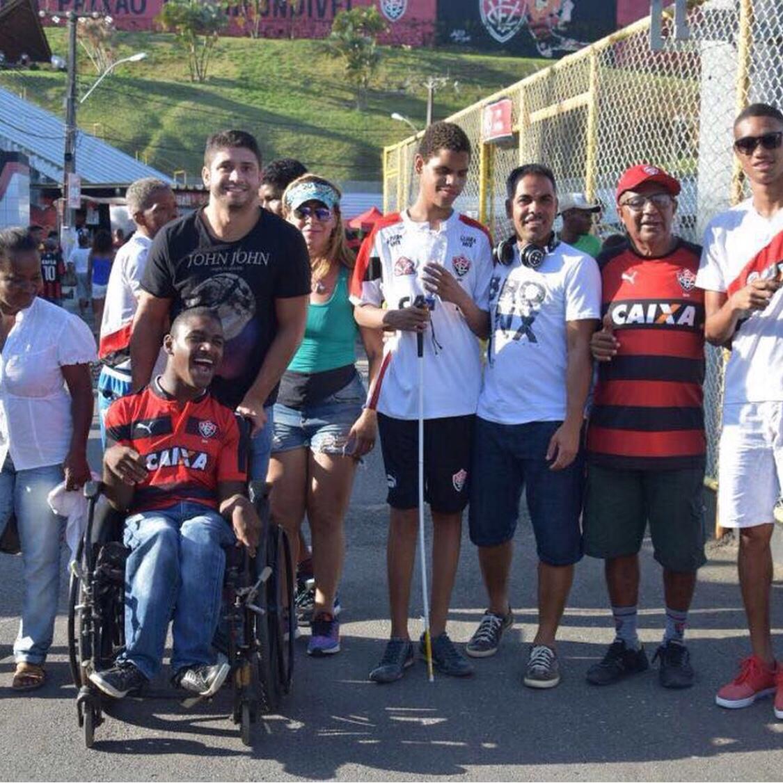 Projeto Manassés, Torcendo com o coração, leva alegria aos deficientes visuais
