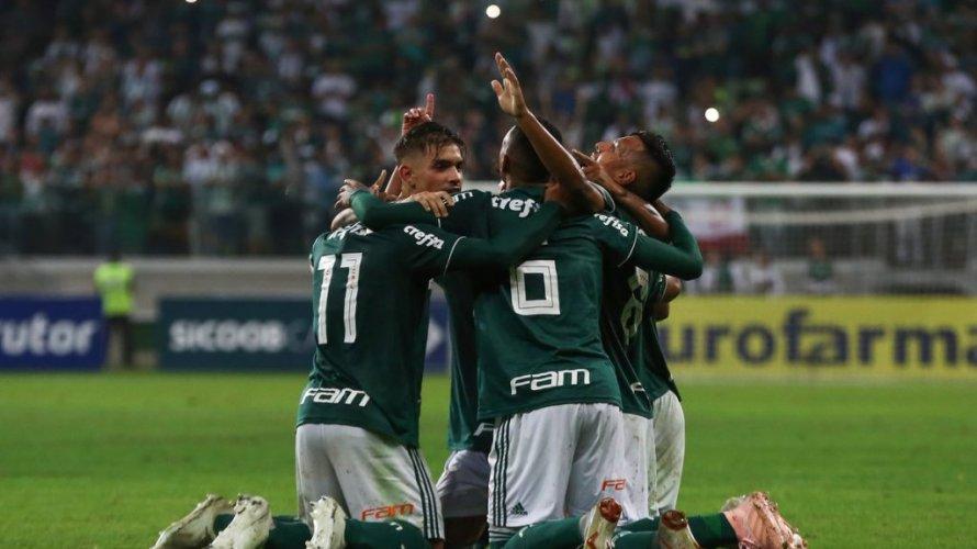 Palmeiras volta a golear o Vitória e conquista título do Campeonato  Brasileiro Sub-20 e7ed4c8a68018