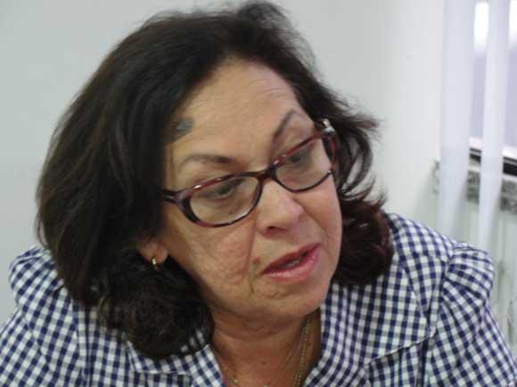 """Lídice dispara contra Bolsonaro: """"Governo com tendência autoritária grande"""""""