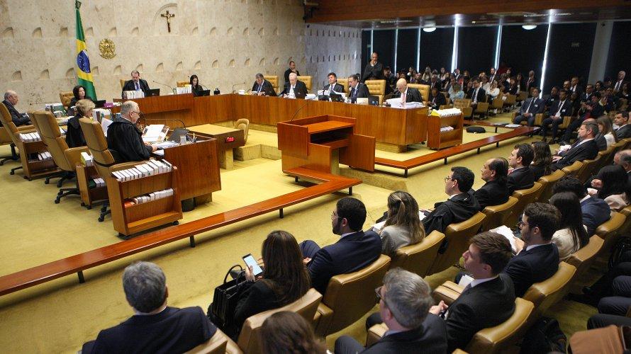 STF só votará fim de auxílio-moradia após Temer dar aumento