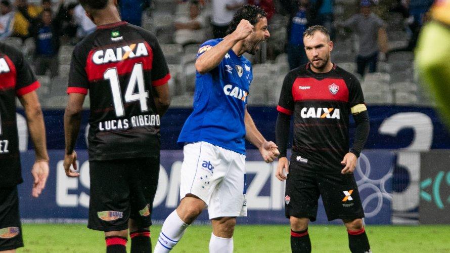 Vitória é goleado por reservas do Cruzeiro e caminha de forma melancólica para a Série B