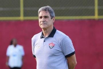 Paraná x Vitória: Carpegiani muda ataque para escapar do rebaixamento; veja o time
