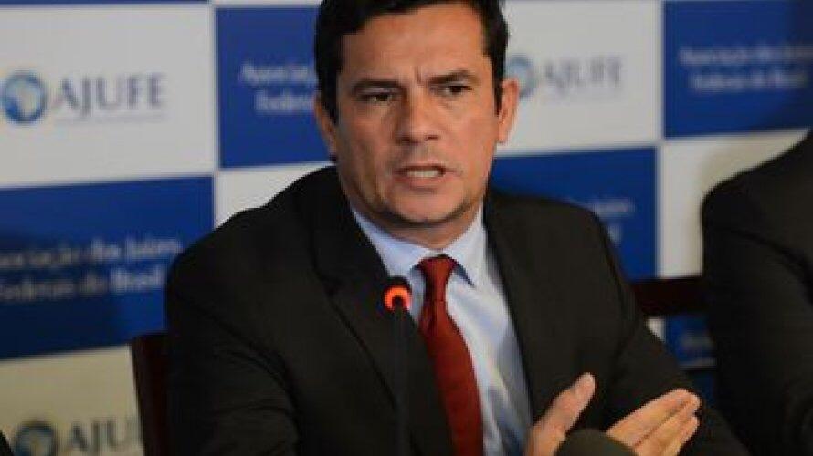 Fora da Lava Jato, Moro não julgará Lula e será substituído por colega que mandou prender Dirceu