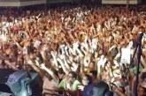 Milhares de pessoas lotam Praça da Matriz para ver o show de Padre Alessandro