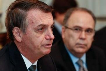 Decreto de Bolsonaro corta 13,7 mil cargos em universidades públicas