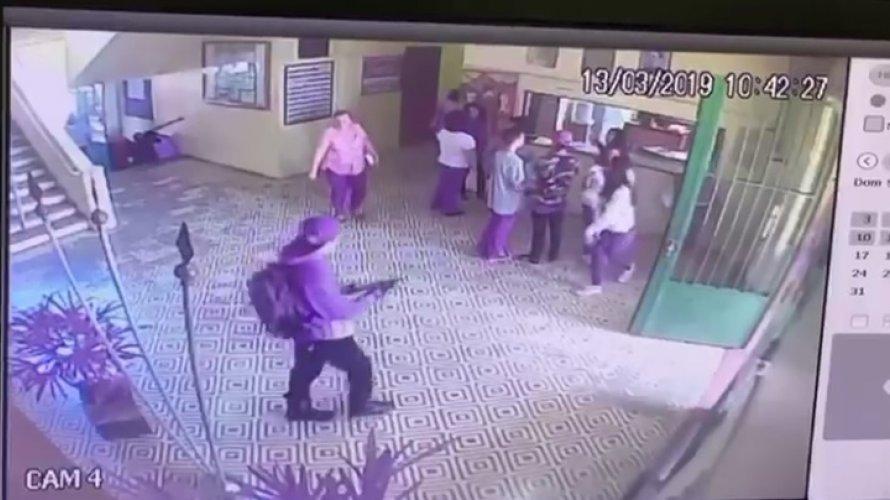 Imagens mostram ação de assassinos dentro de escola em Suzano