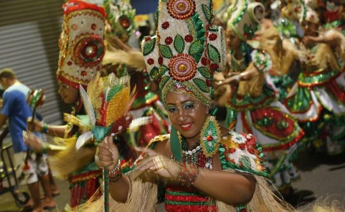 Bankoma espalha fé e amor no Carnaval de Todos os Santos, em Lauro de Freitas
