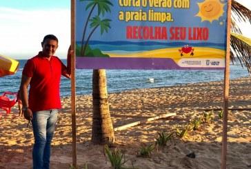 Semarh instala placas com mensagens de conscientização ambiental, nas praias de Lauro de Freitas