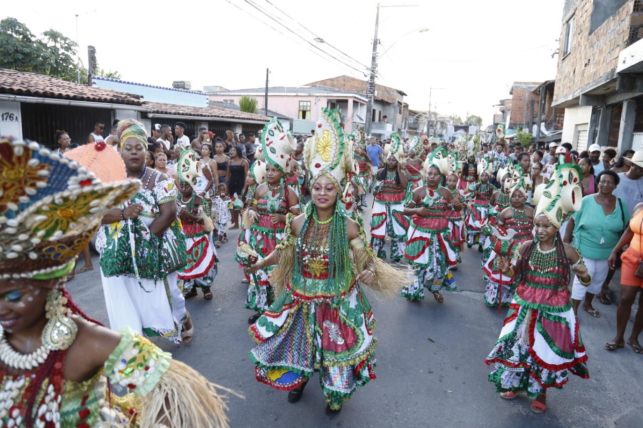 Furacão da Alegria embala multidão em Lauro de Freitas